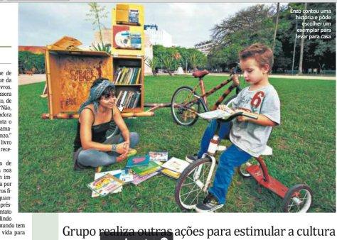 bambucicloteca no jornal, incentivando a leitura entre os jovens, bicicleta de bambu trailler, artesanal