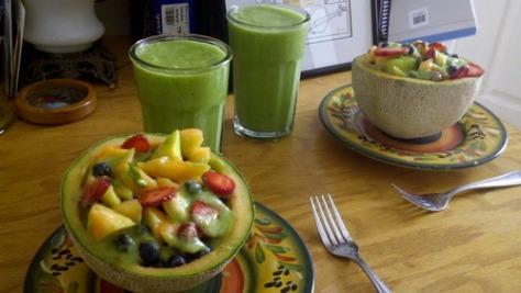 prato de melão e frutas