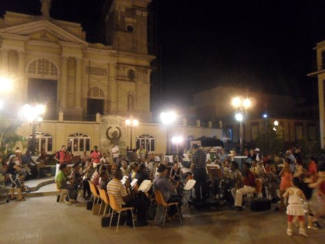 74 concerto da orquestra em santiago de cuba