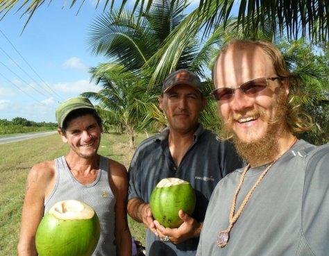 51 a primeira agua de coco da ilha de cuba