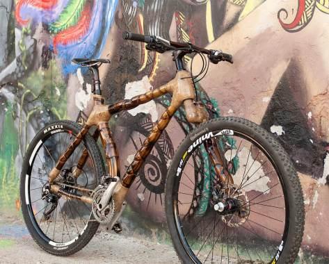 Bicicleta de bambu, feita a mão pela ArtBikeBamboo
